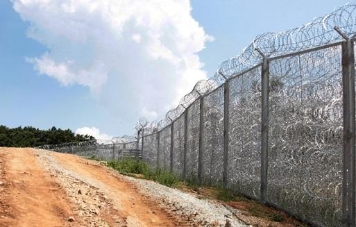 Bulgaristan tel örgü inşaatını tamamlıyor