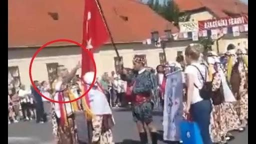 Hırvatistan'da Türk Bayrağına çirkin saldırı.