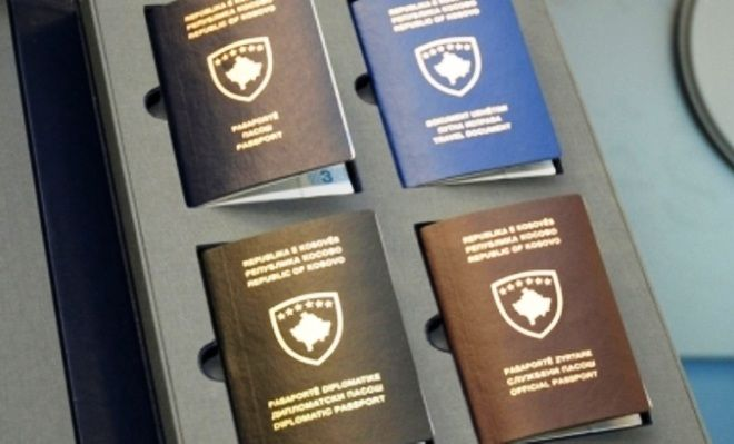 Kosova'da Biometrik belgelerin dağıtımı sürüyor.