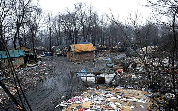 Sırbistan'da Yoksul Romanlar Turistlere Sergileniyor