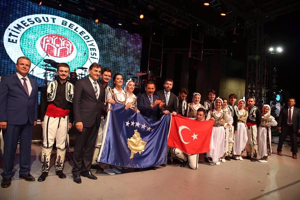 BİSAV Vakfından Balkan Standı ve Gecesi