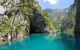 Arnavutluk Shala Nehri Vadisi Yüzlerce Turist Çekiyor