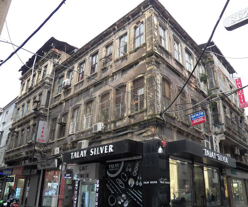 Tarihi Arnavut Han Otel Yapılmak İsteniyor
