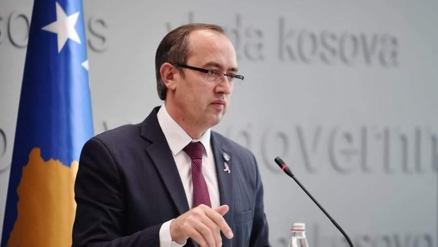 Kosova Başbakanı Hoti, Vuçiç'in açıklamalarına  tepki gösterdi.