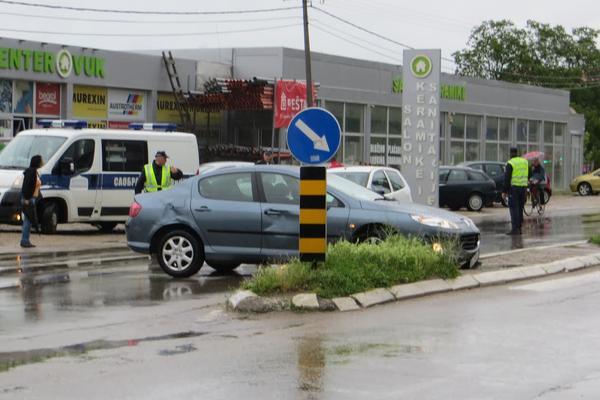 Sırp Polis Memuru Trafik Canavarı Çıktı