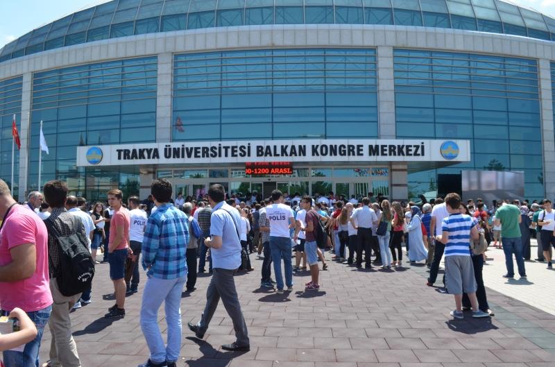 Trakya Üniversitesinden Yabancı Uyruklu Öğrencilere Müjde