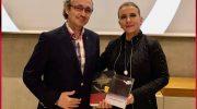 Besiana Mehmedi'den Bora Zukali'ye kıymetli hediye.